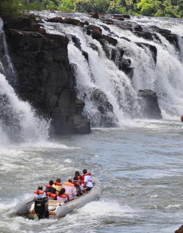 Esteros del Ibera con Saltos del Mocona